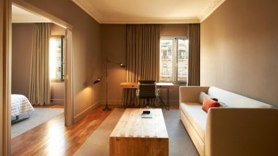 Enjoy the spacious Family Suite at Le Méridien Barcelona